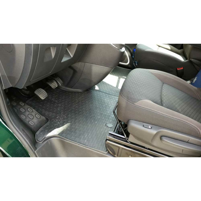 Opel VIVARO II / RENAULT TRAFIC III ( 2014- ) / Fiat Talento, Nissan NV300 ( 2016- ) gumiszőnyeg Geyer&Hosaja 881/1C
