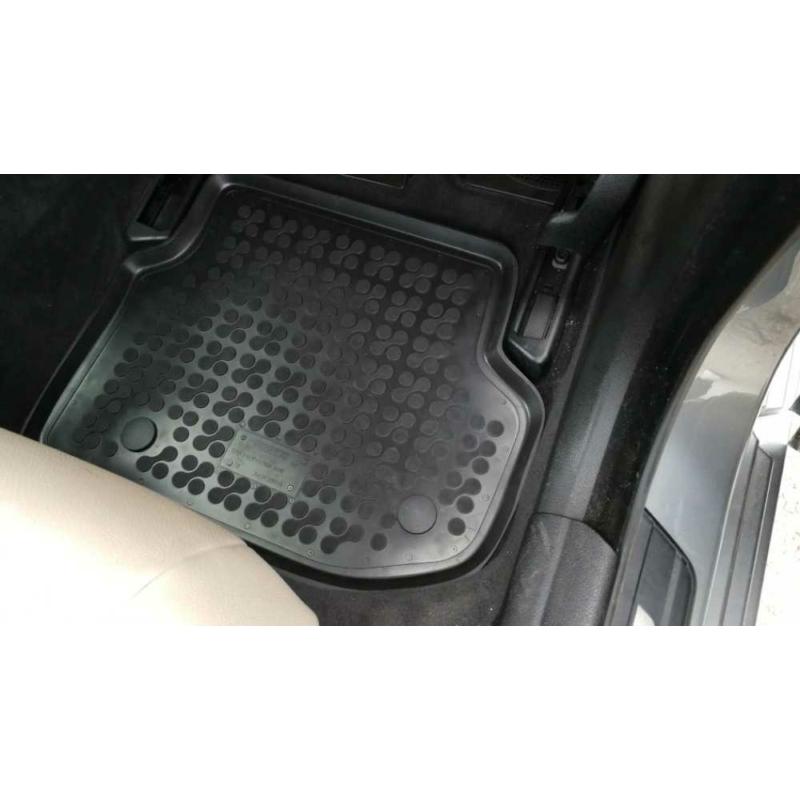BMW 5 F10 / F11 ( 2010-2014 ) magasperemű gumiszőnyeg Rezaw-Plast